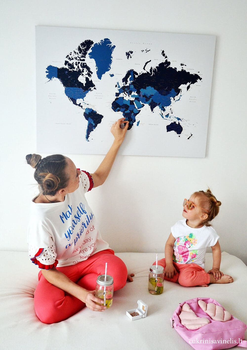 world map for family with pins