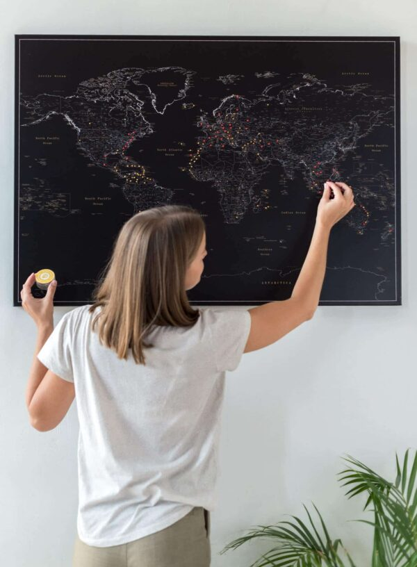pinnable world map black color deep