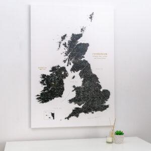 push pin uk and ireland map black white