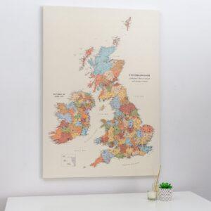 push pin uk and ireland map colorful