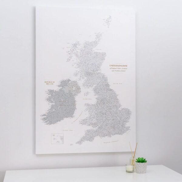 push pin uk and ireland map grey white