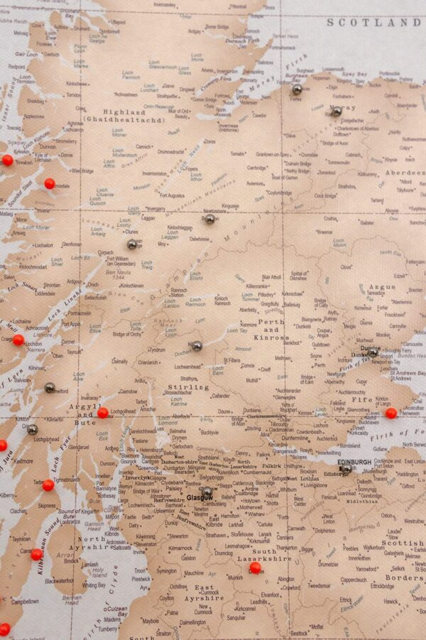 vinatge scotland push pin map
