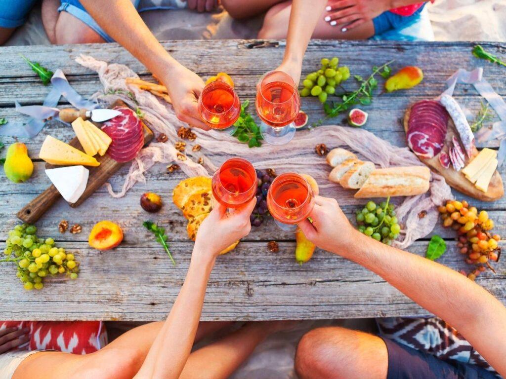 bucketlist ideas have a picnic