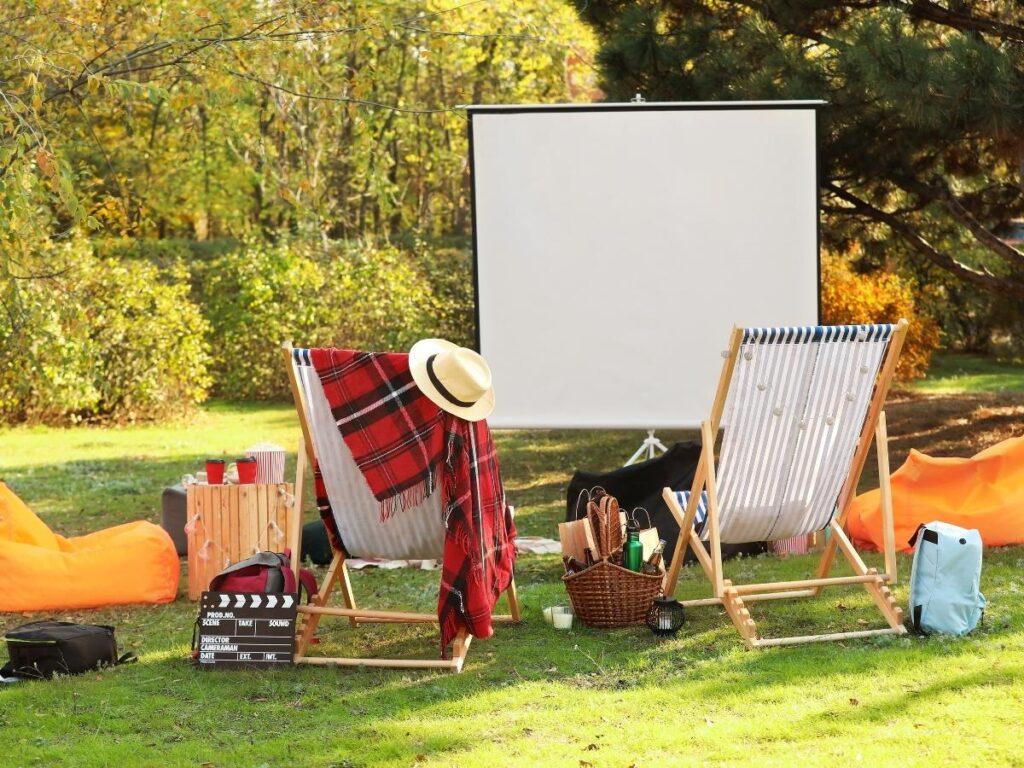 movie in outside cinema Summer Bucket List Ideas