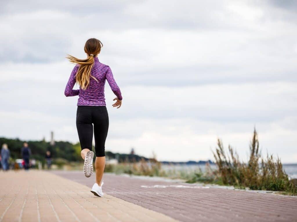 run a race in summer