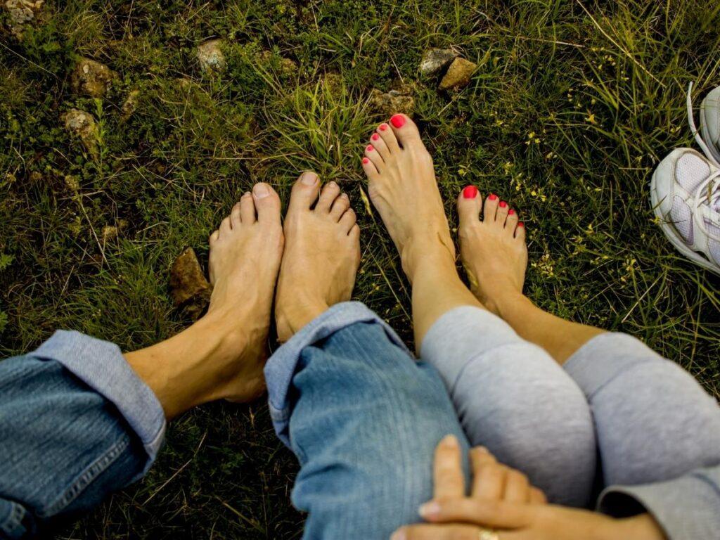 spend day barefoot bucketlist ideas